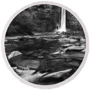 Taughannock Black And White Round Beach Towel