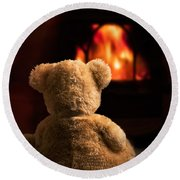 Teddy By The Fire Round Beach Towel