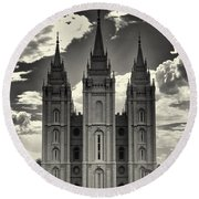 Temple Square Black And White Round Beach Towel