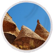 Tent Rocks Geology Round Beach Towel