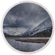 Tern Lake Round Beach Towel