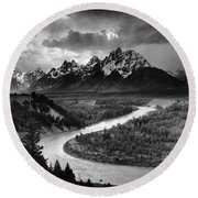 Tetons And The Snake River Round Beach Towel