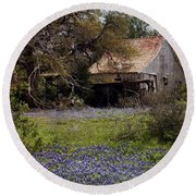 Texas Bluebonnets With Old Abandoned Shack Round Beach Towel