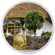 Thatched Cottage House Round Beach Towel