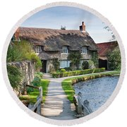 Thatched Cottage Thornton Le Dale Round Beach Towel