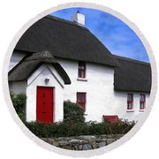 Thatched Roof House Round Beach Towel