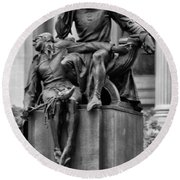 The Actor Statue Philadelphia Round Beach Towel