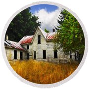 The Apple Tree On The Hill Round Beach Towel