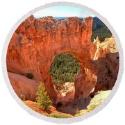 The Arch At Bryce Round Beach Towel