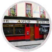 The Auld Dubliner  Round Beach Towel