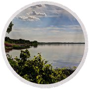 The Bay Of Green Bay Round Beach Towel