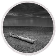 The Beach In Black And White Round Beach Towel