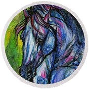 The Blue Horse On Green Background Round Beach Towel