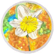 The Buzzing Life Of A Spring Narcissus Round Beach Towel