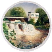 The Chagrin Falls In Summer Round Beach Towel