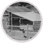 The Chicken House Round Beach Towel
