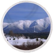 The Classic Mount Washington Hotel Shot Round Beach Towel