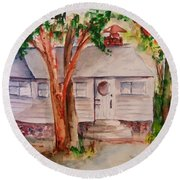 The Cottage In The Highlands Round Beach Towel