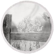 The Country Fence In Black And White Round Beach Towel