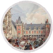 The Court In Chateaus Of The Loire Round Beach Towel