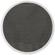 The Declaration Of Independence In Charcoal Round Beach Towel
