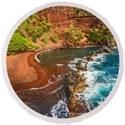 The Exotic And Stunning Red Sand Beach On Maui Round Beach Towel