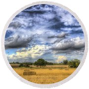 The Farm In The Summertime  Round Beach Towel