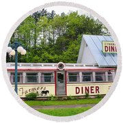 The Farmers Diner In Color Round Beach Towel