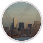 The Freedom Tower And Island Round Beach Towel