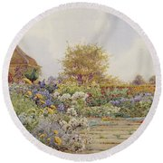 The Gardens At Chequers Court Round Beach Towel