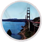 The Golden Gate Bridge Round Beach Towel