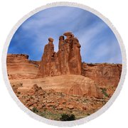 The Gossips A Nature's Beauty Round Beach Towel