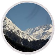 The Great Himalayan Range Round Beach Towel