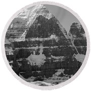 1m3752-bw-the Great North Face Of North Twin Round Beach Towel
