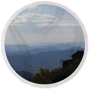 The Great Wall At Dusk 876 Round Beach Towel