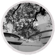 The Gugenheim In Black And White Round Beach Towel