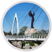 The Keeper Of The Plains In Wichita Round Beach Towel