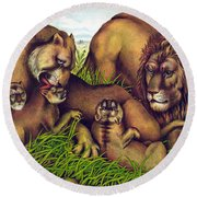 The Lion Family Round Beach Towel
