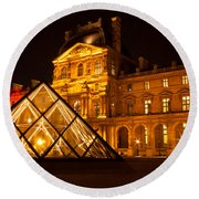 The Louvre At Night Round Beach Towel