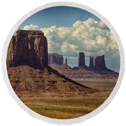 The Majesty Of Monument Valley  Round Beach Towel
