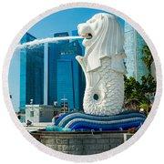 The Merlion  Fountain - Singapore. Round Beach Towel