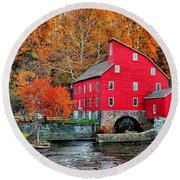 The Mill In Clinton Round Beach Towel
