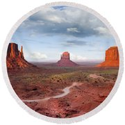 The Mittens And Merrick Butte At Sunset Round Beach Towel