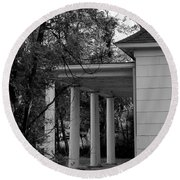 The Old Homestead In Black And White Round Beach Towel