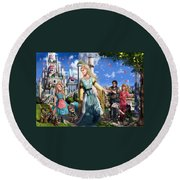 The Palace Garden  Round Beach Towel