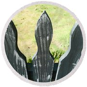 The Patchy Fence  Round Beach Towel