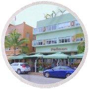 The Pelican Hotel Round Beach Towel