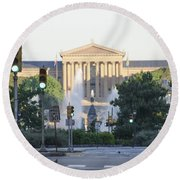 The Philadelphia Art Museum From The Parkway Round Beach Towel