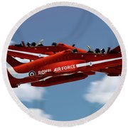 The Red Arrows Synchro Pair Round Beach Towel