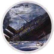 The Sinking Of The Titanic Round Beach Towel